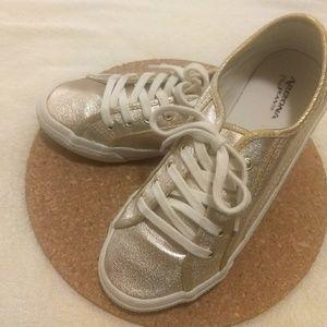 Used Arizona Jean Co. Sneakers